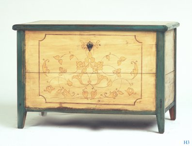 h3 hope chest 30x44x27 ca1850 pinepainted 575 - Hope Chests